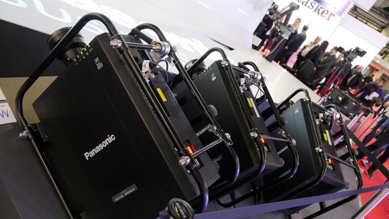 Panasonic PT-RZ21K